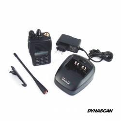 Walkie VHF Dynascan V-500 5W con secrafonía equipo básico
